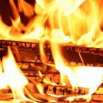 【火おこしの方法】サバイバルに必要な火おこし基本手順4つと他動画